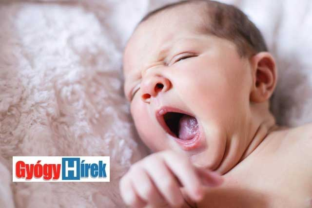 aluszékony újszülött szoptatás