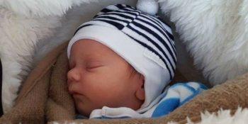 Alvás újszülött kortól