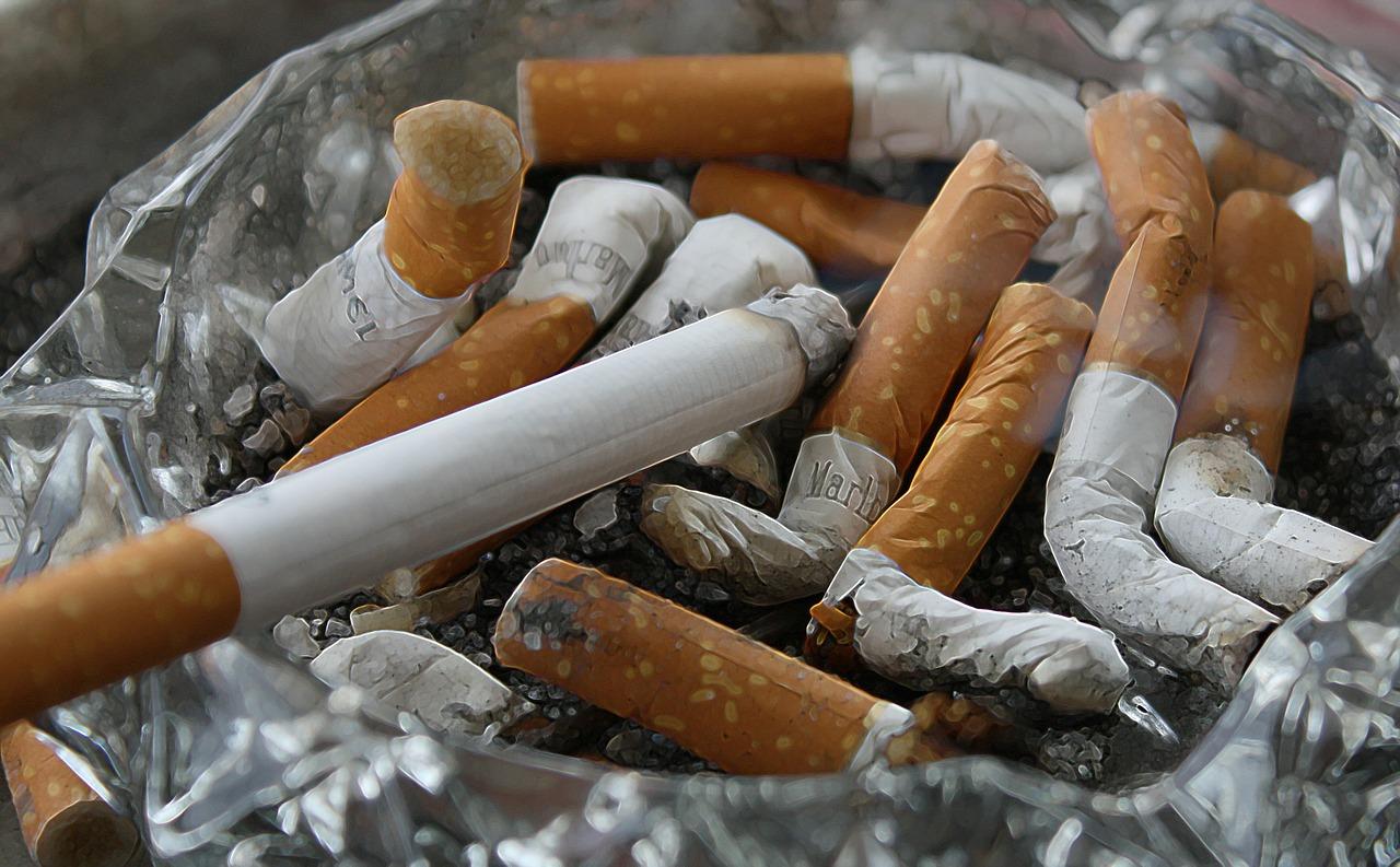 cigaretta-83571_1280