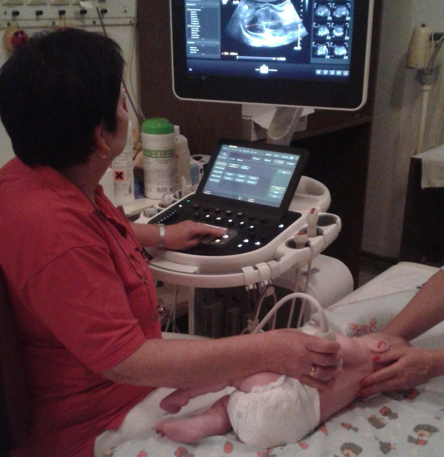 csecsemő hasi UH szűrés