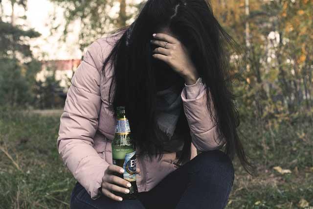 Elkerülni az alkohol függőséget